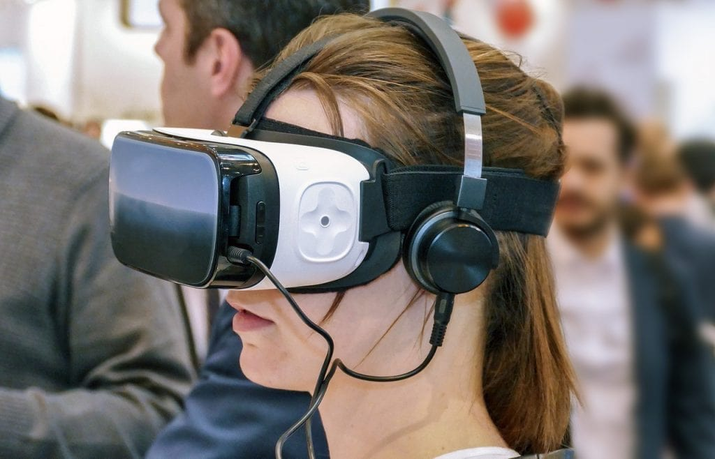 How virtual reality will change the dating game